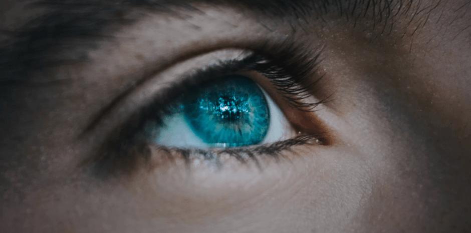 Scharf Sehen mit gepflegten Kontaktlinsen